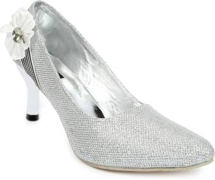 3ae82a9a4bbe Buy Women Party Wear Bridal Footwear At Rs 358 Lowest Price Online ...