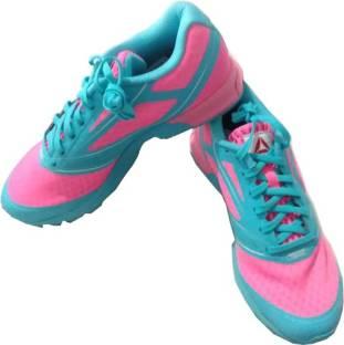 d5103e6a278c REEBOK SKYSCAPE RUNAROUND 2.0 Walking Shoes For Women - Buy Training ...