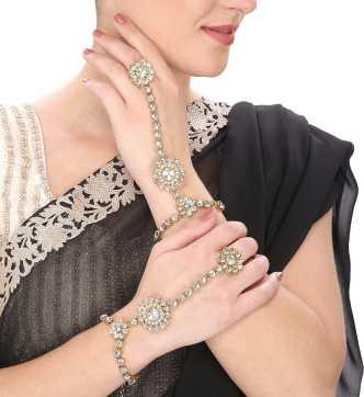 4e0cb07b86e4a Kundan Bangles - Buy Kundan Bangles online at Best Prices in India ...