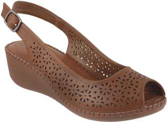 4e78e392f3ab Metro Footwear - Buy Metro Footwear Online at Best Prices in India ...