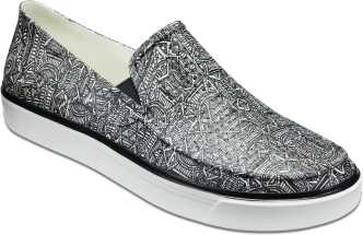 51dfaac2b3bab0 Crocs Shoes - Buy Crocs Shoes online at Best Prices in India ...
