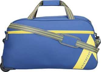 Aristocrat Duffel Bags - Buy Aristocrat Duffel Bags Online at Best ... 208af561ff3c0