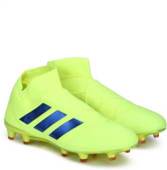5bedcb2a47f Adidas Football Shoes - Buy Adidas Football Boots Online at Best Prices In  India
