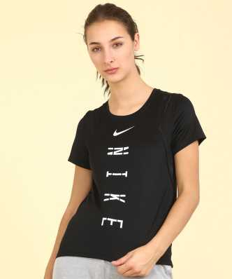 7ed6532a6216dc Nike Clothing - Buy Nike Clothing Online at Best Prices in India ...