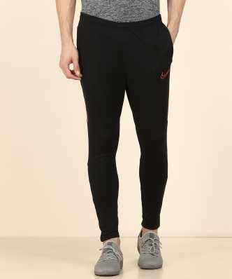92add4c6c5be3 Nike Clothing - Buy Nike Clothing Online at Best Prices in India ...