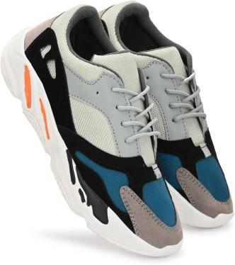 Sneakers (स्नीकर्स) - Buy Sneakers