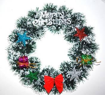 Christmas wreath origami — Stock Photo © artbutenkov #131173110   317x352