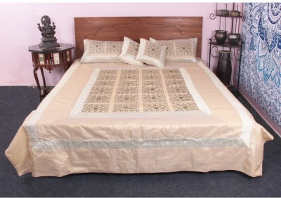 https://rukminim1.flixcart.com/image/400/400/bedding-set/w/7/t/jthsb17-jaipur-textile-hub-mirror-work-traditional-cotton-silk-original-imaehafzaqydbgve.jpeg?q=90