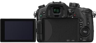 Panasonic-Lumix-GH4K-(with-12-35-F2.8-lens)