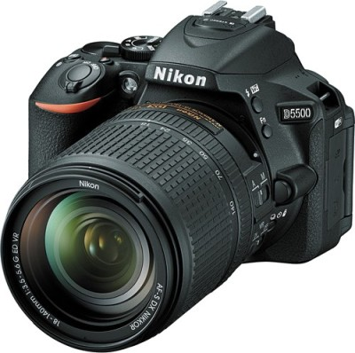 Nikon D5500 DSLR Camera (Body with 18 - 140 Lens)(Black)