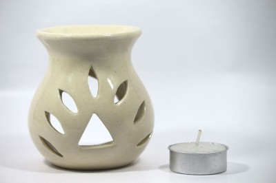 AuraCandles AuraDecor Polished Burner with a Tealight Candle(White, Pack of 2) at flipkart