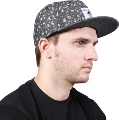 Noise Be a Star Beanie-Black With Ring Printed Skull Cap