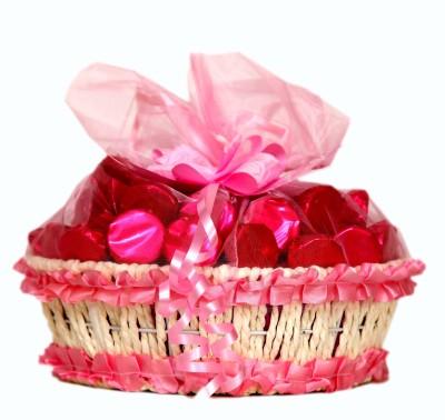Skylofts Fancy Pink Basket with 27pcs Chocolate Bars(230 g)