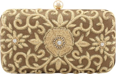 Sunbeams Women Gold  Clutch