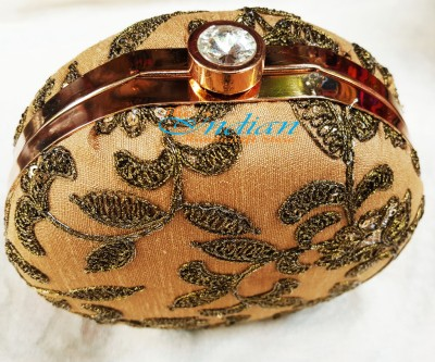 The Indian Handicraft Store Women Party Beige  Clutch