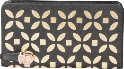 Eshtyle Women Black  Clutch