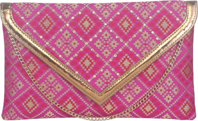 Sunbeams Women Casual Pink  Clutch