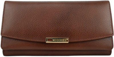 Moochies Women Formal Tan  Clutch