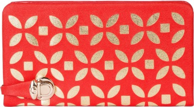 Eshtyle Women Red  Clutch