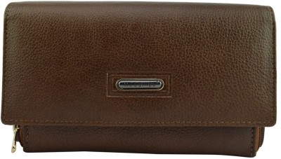 Moochies Women Formal Beige  Clutch