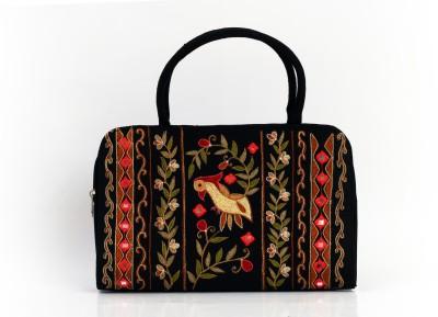Soulful Threads Hand-held Bag(Black)