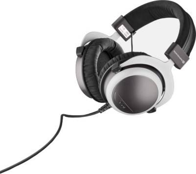 Beyerdynamic-T70-Headphones