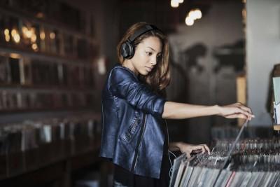 Philips-SHL3210BK-DJ-Monitor-Style-Headphones
