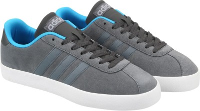 Adidas Neo VLCOURT VULC Sneakers(Grey) at flipkart