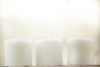 Starlight Candles CL-014 STARLIGHT CRYSTAL WHITE PARAFFIN WAX PILLAR CANDLE, 7.5 x 7.5 CMS (3 INCH x 3 INCH, SET OF 3) Candle(White, Pack of 3)