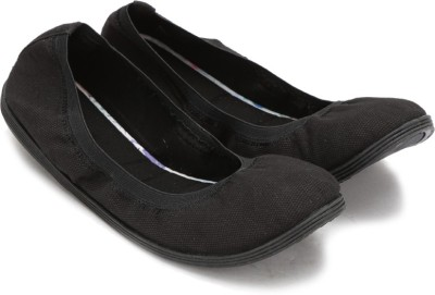 Call It Spring OCECLYA Sneakers(Black) at flipkart