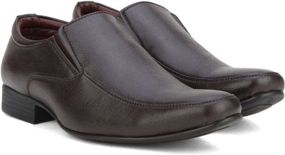 Bata RICHARDSON Slip On shoes For Men(Brown) at flipkart