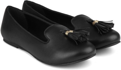 Carlton London Miss CL Bellies(Black) at flipkart