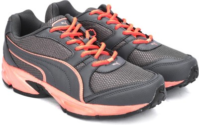 41% OFF on Puma Strike Fashion II DP Running Shoes For Men(Grey) on  Flipkart  8da0125b2