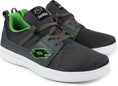 Lotto String Running Shoes(Grey, Green) at flipkart