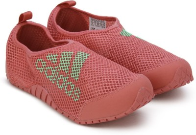 ADIDAS Boys & Girls Velcro Sports Sandals(Green) at flipkart