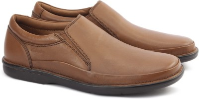 the latest db7fd dd66c Clarks BUTLEIGH FREE TAN LEATHER Boat Shoes For Men(Tan)