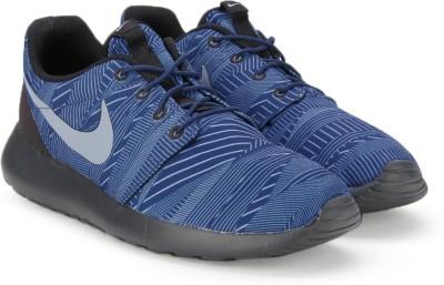 Nike ROSHE ONE PRINT Sneakers(Blue) at flipkart