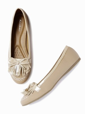 Mast & Harbour Bellies(Beige) at flipkart