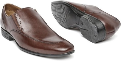 Invictus Slip On For Men(Brown) at flipkart