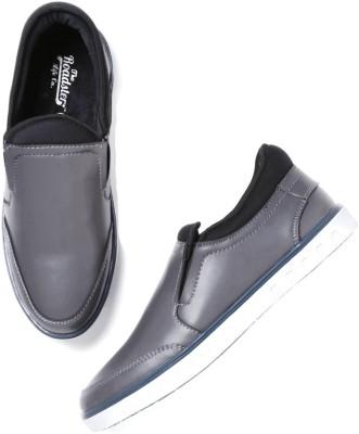 Roadster Slip On Sneakers For Men(Grey) at flipkart