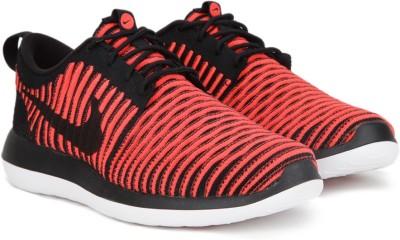 Nike ROSHE TWO FLYKNIT Sneakers For Men(Black) 1