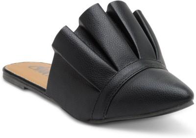 https://rukminim1.flixcart.com/image/400/400/j3uh47k0/sandal/s/e/d/sl-012-4-chalk-studio-black-original-imaeuvcyhnhkrnps.jpeg?q=90