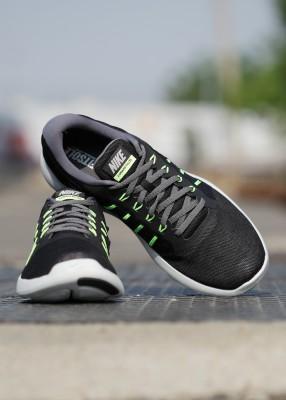 Nike LUNARSTELOS Running Shoes For Men(Black) 1