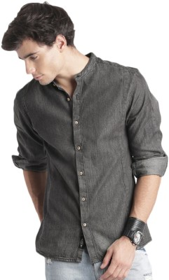 Roadster Men Printed Casual Black Shirt at flipkart