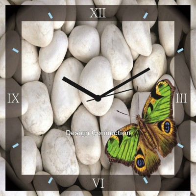 https://rukminim1.flixcart.com/image/400/400/j5h264w0/wall-clock/6/h/e/green-butterfly-on-white-pebbles-wall-clock-dcclk419-analog-original-imaevy5zktz5kggm.jpeg?q=90