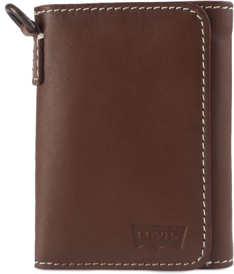 Levi's Men Casual Tan Genuine Leather Wallet(8 Card Slots)