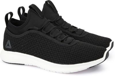 16ac941d5 50% OFF on REEBOK PLUS RUNNER WOVEN Running Shoes For Men(Black) on Flipkart