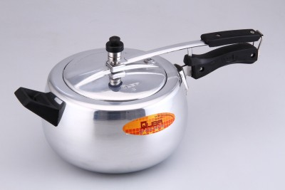 5525e1b19 43% OFF on Quba 5 L Pressure Cooker with Induction Bottom(Aluminium)