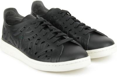 ADIDAS ORIGINALS STAN SMITH CUTOUT W Sneakers For Women(Black) at flipkart