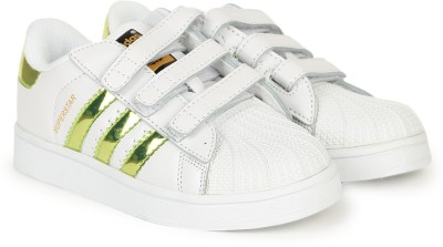 59% OFF on ADIDAS Boys   Girls Velcro Sneakers(White) on Flipkart ... a763b1d75